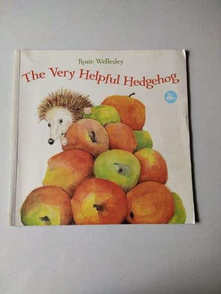 REVIEW: The Very Helpful Hedgehog By Rosie Wellesley