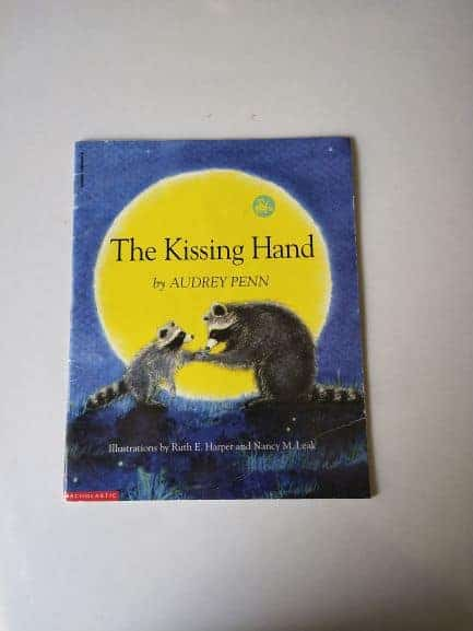 REVIEW: The Kissing Hand by Audrey Penn