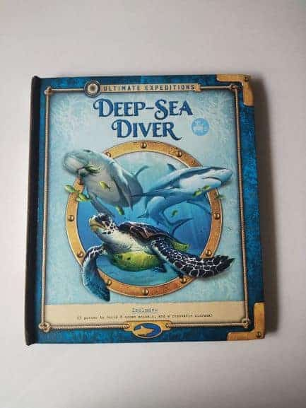 Review: Ultimate Expeditions: Deep Sea Diver By Phyllis Perry